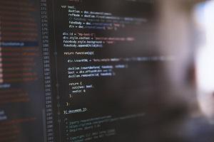 SyntaxHighlighter Evolved使用時、コードにbrタグが入る原因